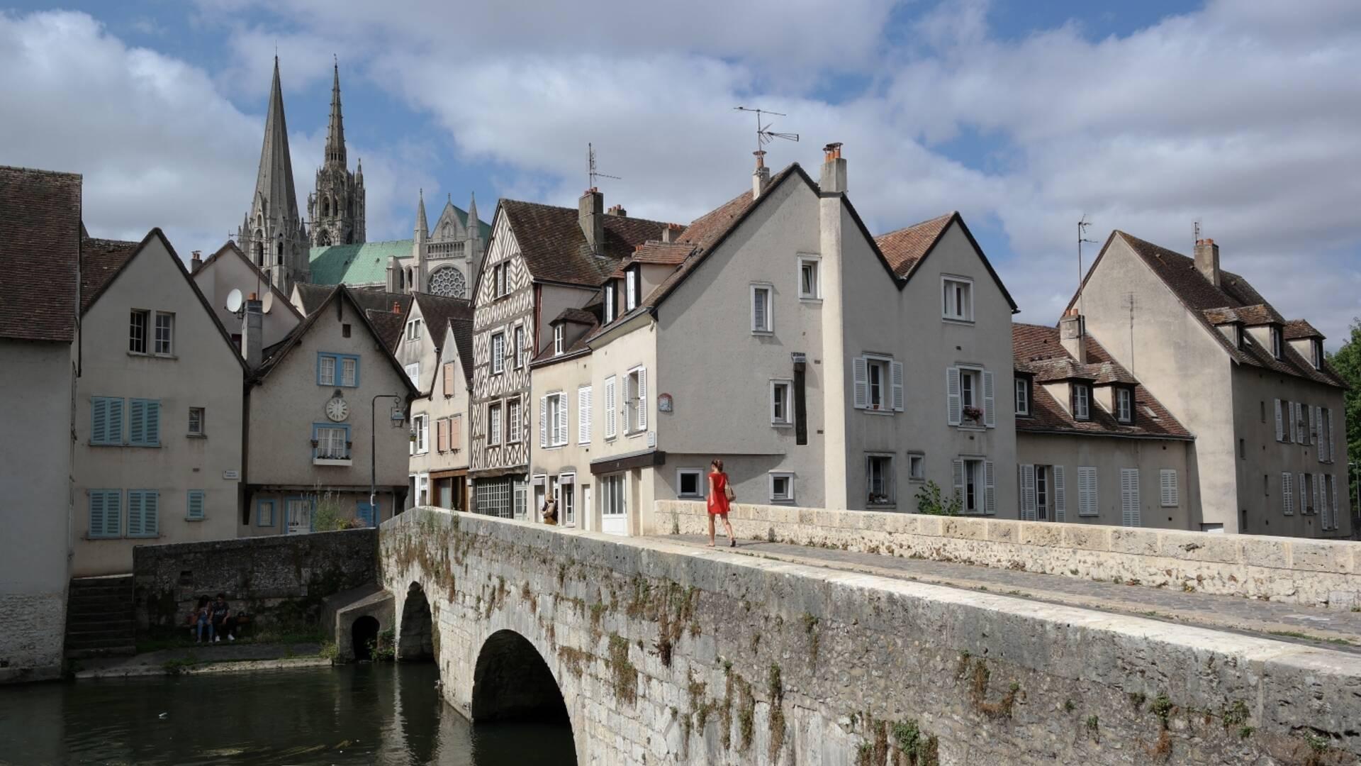 Vue de Chartres depuis la basse ville